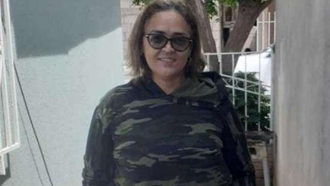 Lenilda com a roupa que usou para cruzar a fronteira dos EUA; seu corpo foi encontrado em 15 de setembro