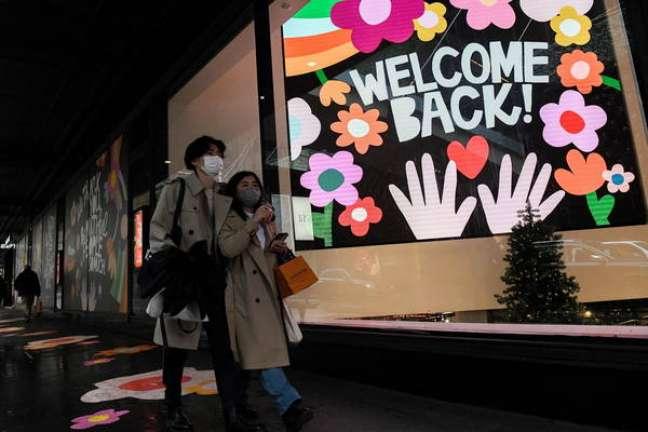 As lojas de Sydney reabriram suas portas ao público