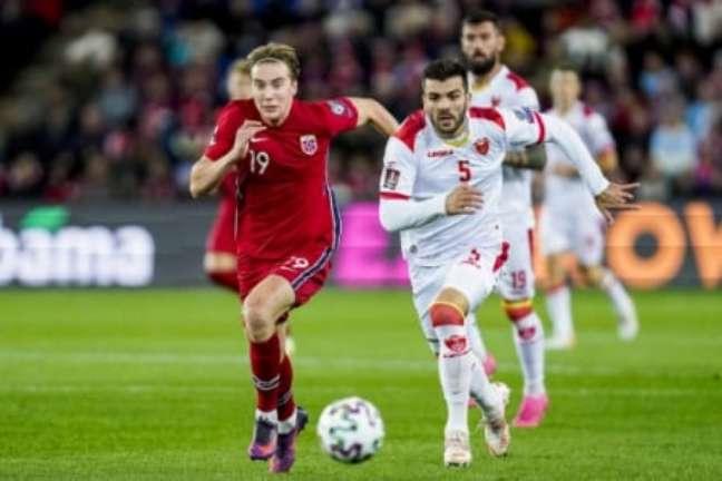 Noruega segue com chances de conseguir classificação direta para a Copa do Mundo (Foto: HÅKON MOSVOLD LARSEN / NTB / AFP)