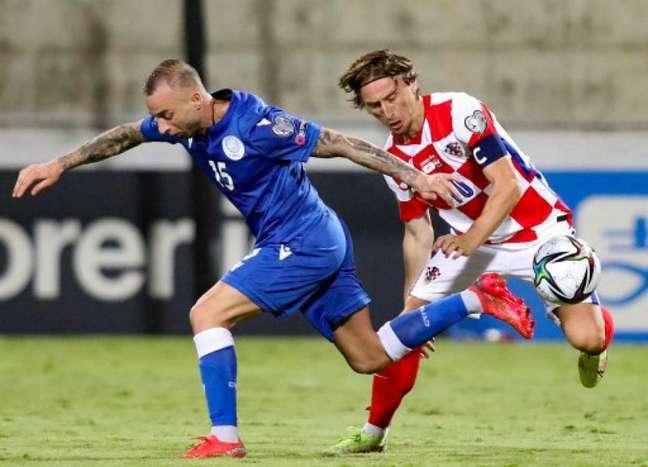 Croácia e Eslováquia empataram em 2 a 2 (Foto: AFP)