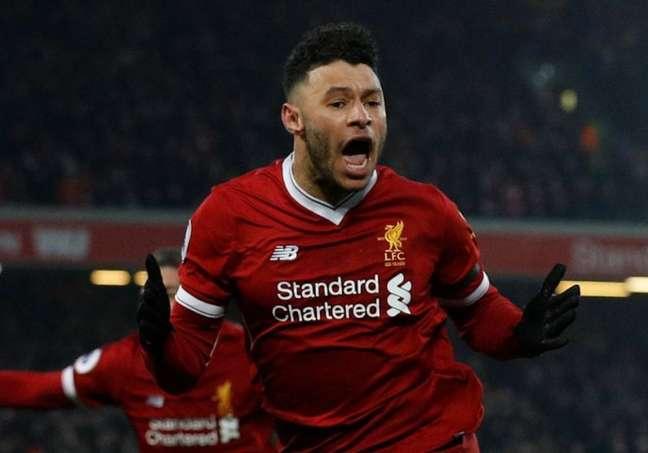 Oxlade-Chamberlain possui contrato com o Liverpool até 2023 (Reprodução)