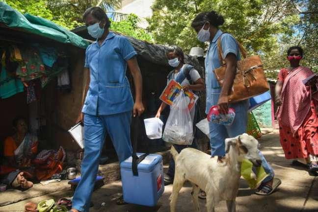 Vacinação contra Covid no território indiano