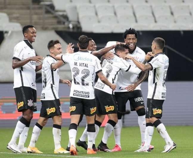 Corintianos comemoram gol na histórica vitória por 5 a 0 sobre o Flu em janeiro (Foto: Rodrigo Coca/Ag. Corinthians)