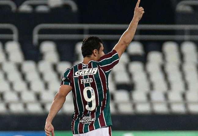Fred lesionou o pé esquerdo e é desfalque do Fluminense contra o Corinthians (Foto: Lucas Merçon/Fluminense FC)