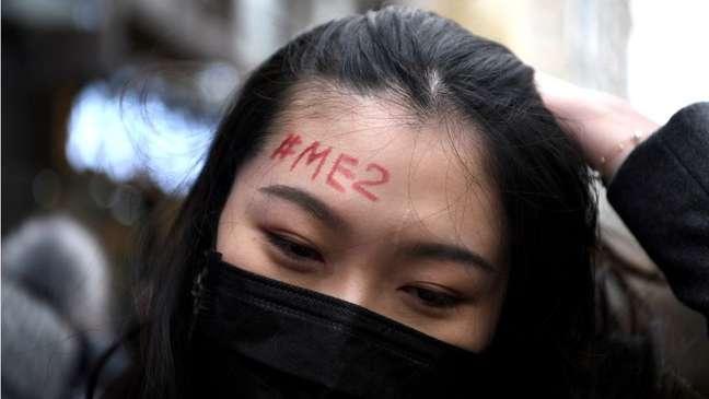 O #MeToo (eu também) é o nome de um movimento iniciado de forma viral como hashtag nas redes sociais. Surgiu em outubro de 2017 para denunciar agressão e abuso sexual.