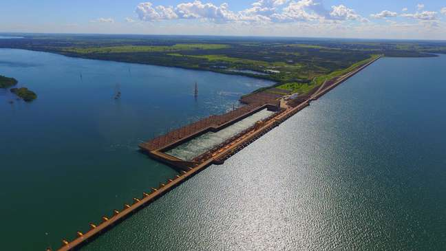 Duas hidrelétricas no Rio Paraná correm risco de paralisação