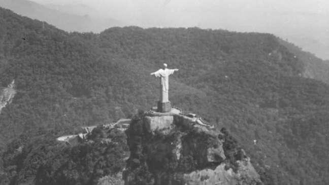 Imagem antiga do Cristo Redentor