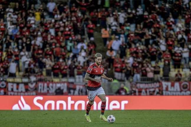 O zagueiro Léo Pereira desfalcará o Flamengo na final da Libertadores (Foto: Marcelo Cortes/Flamengo)