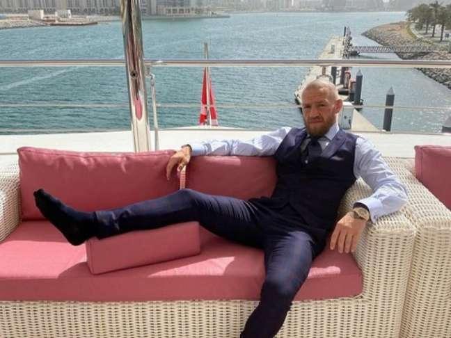 Conor McGregor exibe estilo de visa luxuoso nas redes sociais (Foto reprodução Instagram @thenotoriousmma)