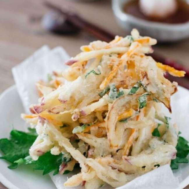 Aprenda como fazer tempurá de legumes.