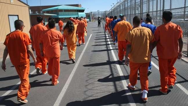 Os Estados Unidos têm o maior número de prisioneiros do mundo, mas o número não aumentou nas últimas décadas