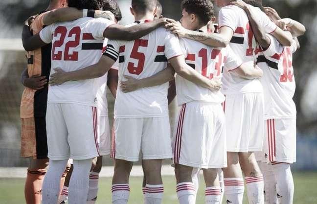 Sub-20 do São Paulo terminou a primeira fase do Brasileiro em quarto lugar (Foto: Matheus Sebenello/NeoPhoto)