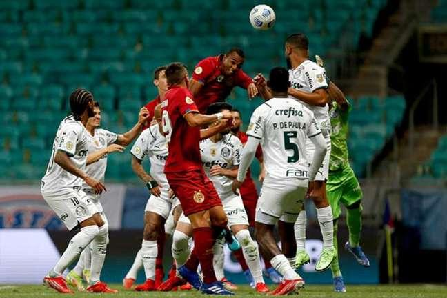 O Bahia jogou os últimos minutos da partida com um homem a mais (Foto: Felipe Oliveira / EC Bahia)