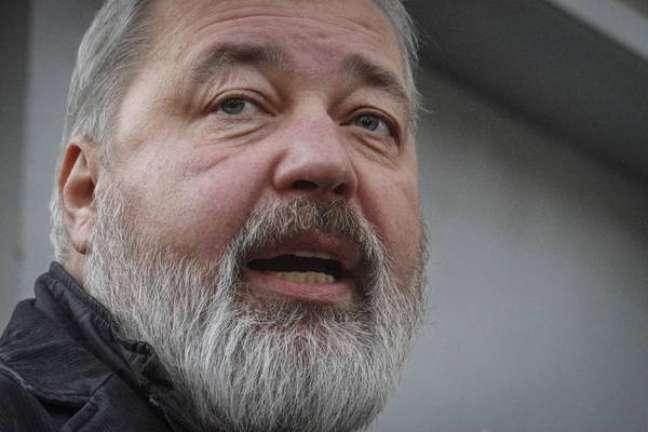 Muratov é cofundador de um dos poucos jornais ainda críticos ao governo de Putin