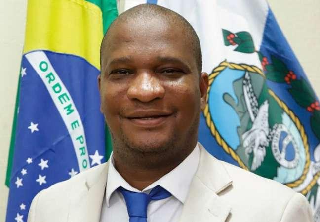 Alexsandro Silva Faria (Solidariedade), conhecido como Sandro do Sindicato, é o terceiro vereador assassinado em Duque de Caxias este ano