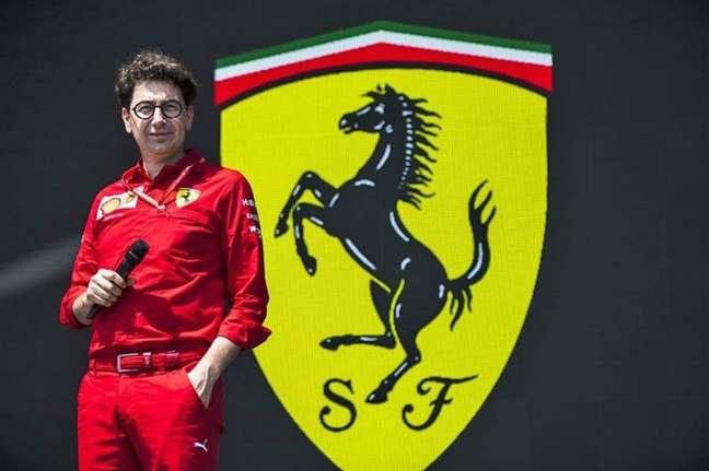 Mattia Binotto vai se dividir entre a fábrica de Maranello e os finais de semana de corrida