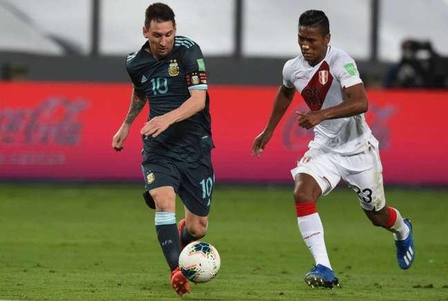 Lionel Messi faz grande campanha com a Argentina nas Eliminatórias (Foto: ERNESTO BENAVIDES / POOL / AFP)