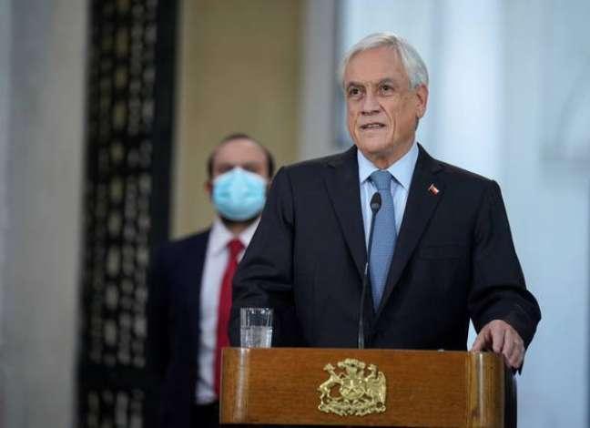 Piñera é alvo de pedido de afastamento da oposição