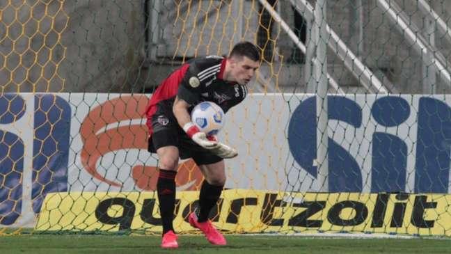 Volpi vem de boas partidas pelo São Paulo após fase ruim (Foto: Rubens Chiri / saopaulofc.net)