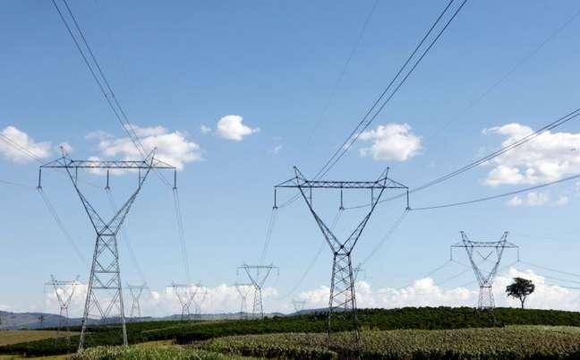 Linha de transmissão de energia 6/2/2014 REUTERS/Paulo Whitaker