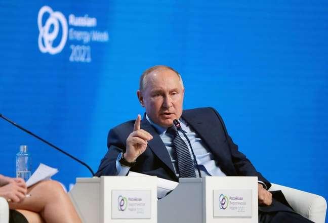 Presidente da Rússia, Vladimir Putin, participa de evento internacional sobre energia em Moscou 13/10/2021 Sputnik/Mikhail Metzel/Pool via REUTERS