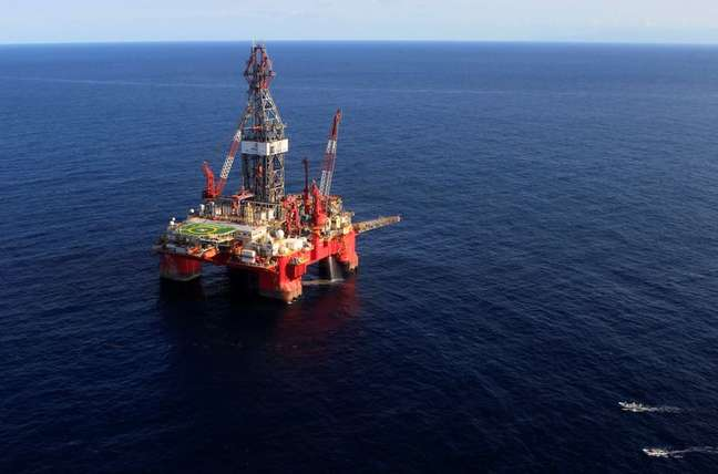 Plataforma marítima de petróleo no Golfo de México. 17/01/2014 REUTERS/Henry Romero
