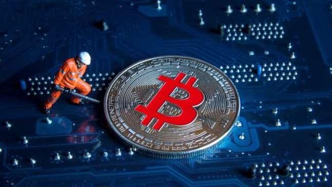 Mineração de bitcoin (Marco Verch/Flickr)