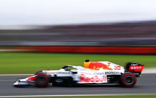 Red Bull busca maiores informações sobre a vantagem da Mercedes na Turquia