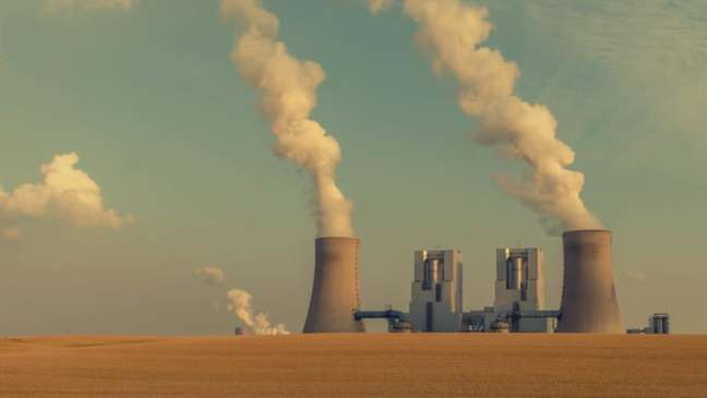 Mineração de bitcoin é relacionada ao aumento das emissões de carbono