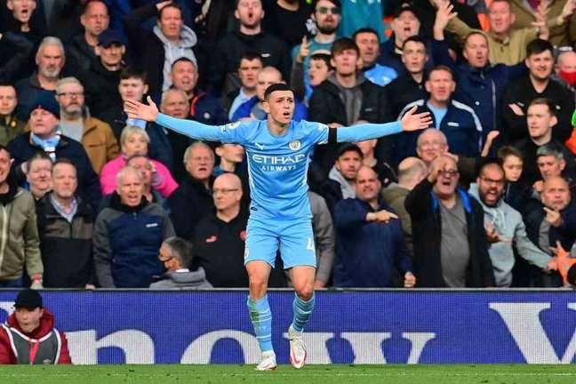 Phil Foden é peça importante do Manchester City e figura constante na seleção inglesa (Foto: PAUL ELLIS / AFP)