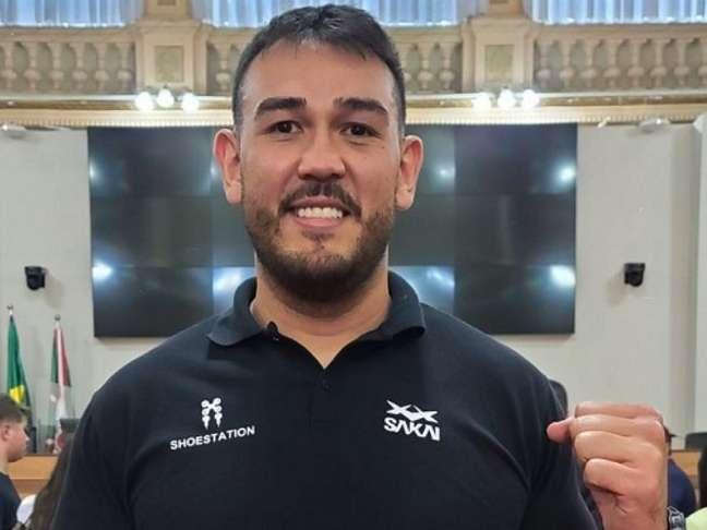 Augusto Sakai vai em busca da retomada das vitórias no peso-pesado do UFC (Foto: Reprodução/Instagram)