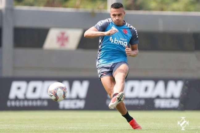 Léo Jabá está de volta aos treinamentos do Vasco, de olho no duelo contra o Cortiba (Rafael Ribeiro/Vasco)