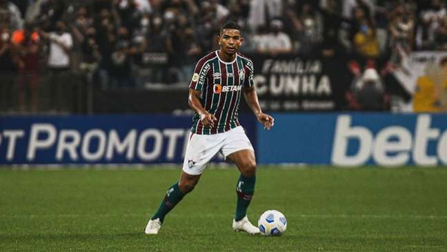 David Braz destacou a irregularidade de outras equipes no Brasileiro (Foto: Lucas Merçon / Fluminense)
