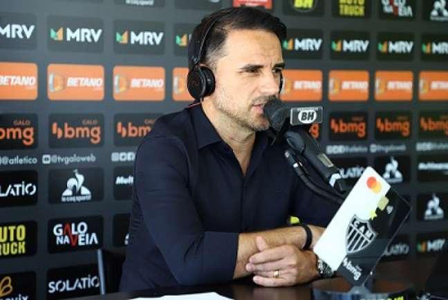 Rodrigo Caetano teria chutado a porta do VAR no primeiro tempo do jogo desta quarta (Pedro Souza/Atlético-MG)