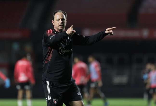 Casares detalhou acerto com Rogério Ceni para treinador do São Paulo (Foto: Rubens Chiri / saopaulofc.net)