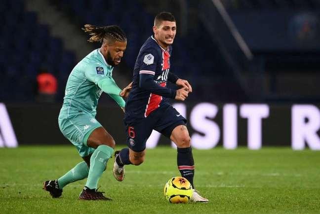 Verratti, que jogou a Nations League na Data-Fifa, deverá ser titular do PSG contra o Angers (Foto: FRANCK FIFE / AFP)