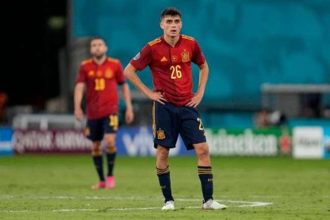 Pedri renovou contrato com o Barcelona até 2026 (Foto: THANASSIS STAVRAKIS / POOL / AFP)