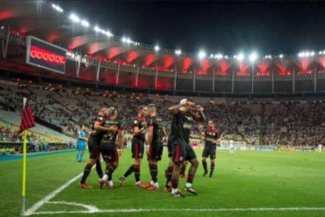 Kenedy abriu o placar diante do Juventude (Foto: Alexandre Vidal / Flamengo)