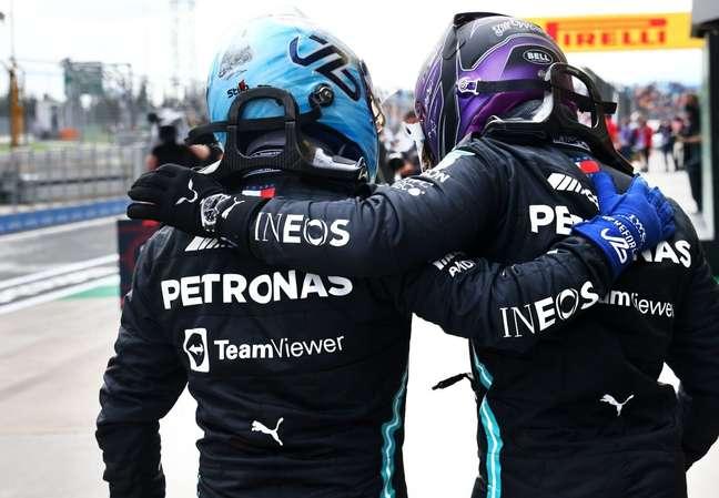 A Mercedes aparece forte nesta reta final da temporada 2021 da F1