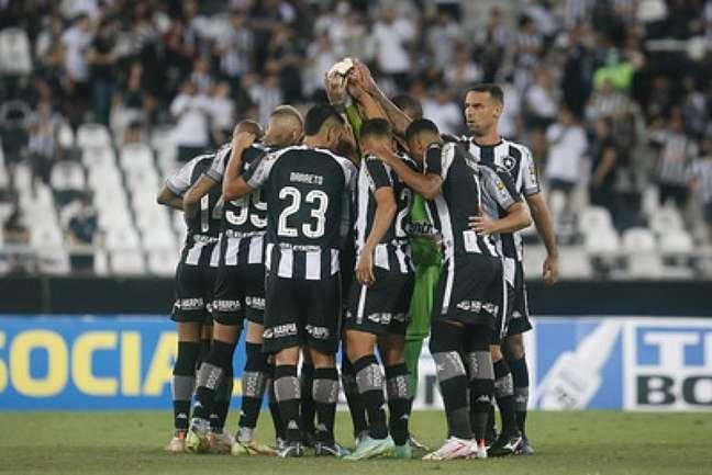Time do Botafogo concentrado para a partida (Foto: Vítor Silva/Botafogo)