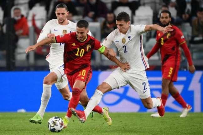 Roberto Martínez elogiou jogo de Hazard contra a França pela Nations League (FRANCK FIFE / AFP)