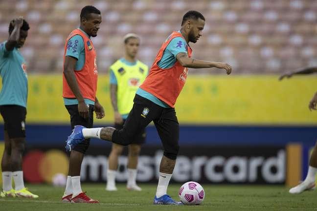 Neymar está confirmado para o duelo contra o Uruguai