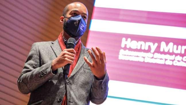 Henry Murrain já estudou a cultura patriarcal em cidades colombianas e agora está à frente do projeto Calma, da prefeitura de Bogotá