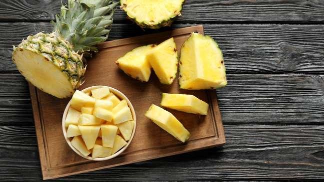 Abacaxi previne doenças e reduz inchaço
