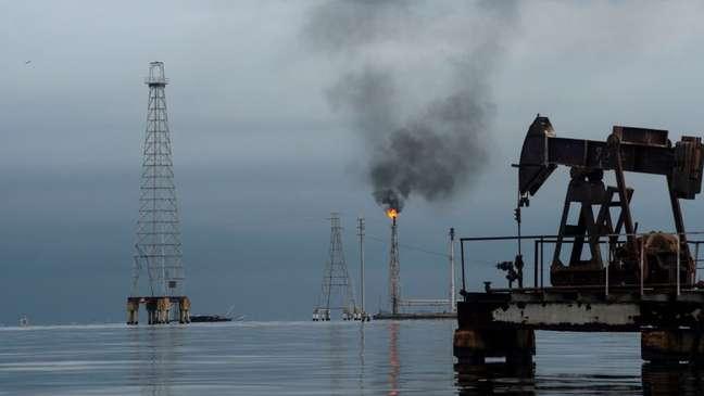 PDVSA, estatal venezuelana de petróleo, não tem condições financeiras para realizar consertos em tubulações