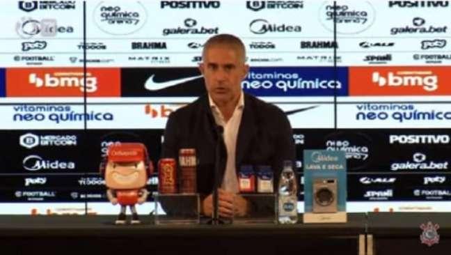 Corinthians fala de Willian (Foto: Reprodução/Corinthians TV)