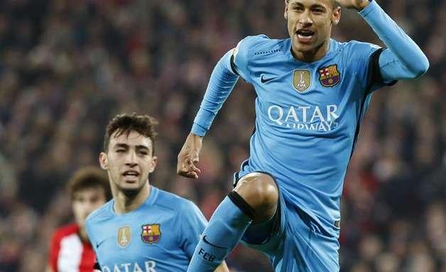 Sem Messi e Suárez, Neymar marca e deixa Barça perto de vaga