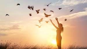 Medos e pensamentos negativos podem derrubar a autoestima