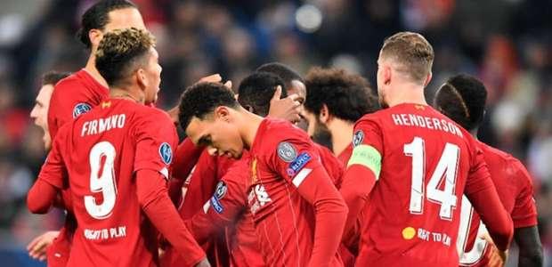 Liverpool vence 'decisão' na Áustria e avança às oitavas