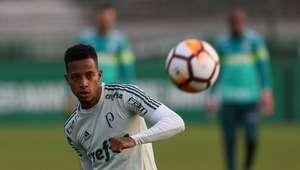 Palmeiras aceita oferta de R$ 20 mi do Dínamo por Tchê Tchê